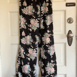 Beautiful Brandy Melville Pants (one size)